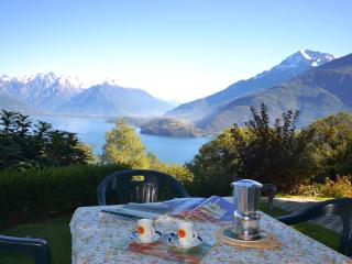 MATAROSS - H107 - Pianello del Lario vacation rentals