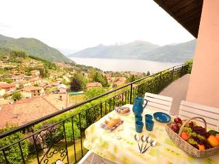 Nice 3 bedroom Menaggio Condo with Television - Menaggio vacation rentals