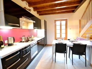 2 bedroom Condo with Internet Access in Menaggio - Menaggio vacation rentals