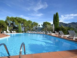 Beautiful 1 bedroom Apartment in Mezzegra with Washing Machine - Mezzegra vacation rentals