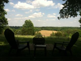 Nice House with Deck and Internet Access - New Haven vacation rentals