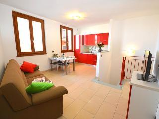 2 bedroom Apartment with Dishwasher in Pianello del Lario - Pianello del Lario vacation rentals