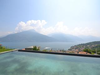 Beautiful 1 bedroom Apartment in Pianello del Lario - Pianello del Lario vacation rentals