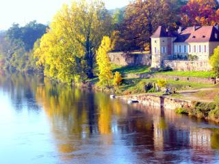 La Rebière d'or, au bord de Dordogne, l' Oangerie - Mouleydier vacation rentals
