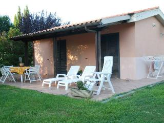 Adorable Chalet with Deck and Central Heating - Grosseto vacation rentals