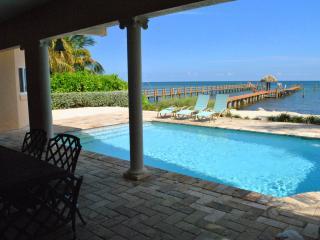 Lovely 4 bedroom Islamorada House with Internet Access - Islamorada vacation rentals