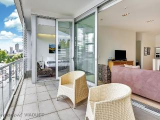 Stylish 2 Bedroom Ponsonby Serviced Apartment Accomodation - Herne Bay vacation rentals
