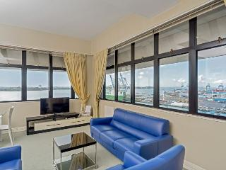 Holiday Lets 2 bedroom Apartment on Auckland Waterfront - Auckland vacation rentals
