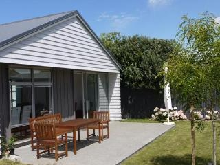 1 Bedroom Mt Eden, Auckland Serviced Townhouse Accommodation - Mt Eden vacation rentals