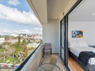 Serviced Studio Apartment in the Connaught Auckland City -Amazing Water Views - Albany vacation rentals