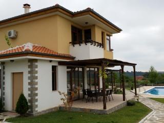Nicodia Estate - Villa C - Perperikon, Haskovo & Kardjali - 20km range - Haskovo vacation rentals