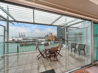 Waterfront One Bedroom Serviced Apartment Princes Wharf, Auckland - Auckland vacation rentals