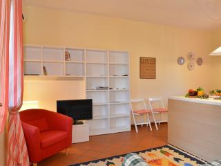 Beautifull apartment walking distance from centre - Lake Garda vacation rentals
