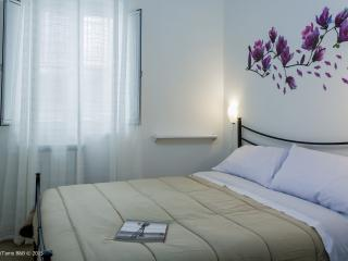 PalermiT'amo B&B - Double Room - Palermo vacation rentals