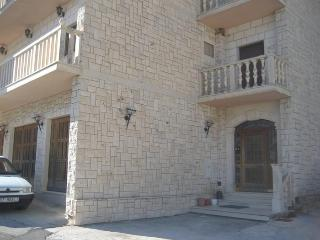 Romantic apartment for 2 people - Omis vacation rentals