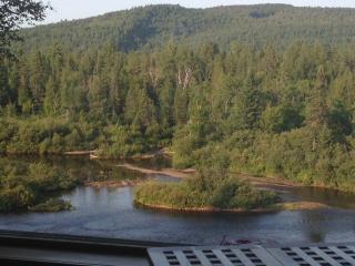 La Rivière Enchantée - Chalet vue panoramique - Chertsey vacation rentals