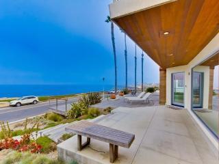 VILLA SUNSET MODERN-SPECTACULAR OCEANFRONT HOME - Pacific Beach vacation rentals