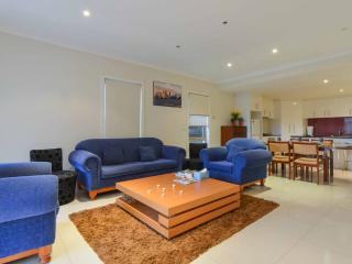 Boutique Stays - 3 Bedroom Townhouse - Footscray vacation rentals