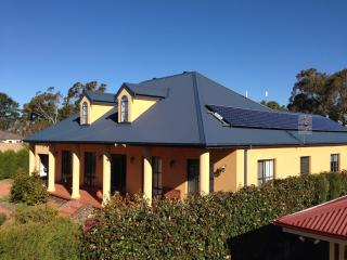 Gorgeous House with Internet Access and Dishwasher - Bowral vacation rentals