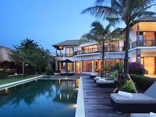 Uma Nina Luxury 4/5BR Villa+Car+Driver, Jimbaran - Jimbaran vacation rentals