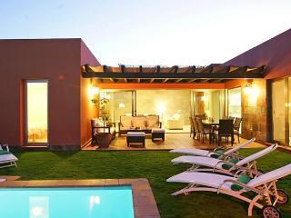 PAR4 Villa 24 - Maspalomas vacation rentals