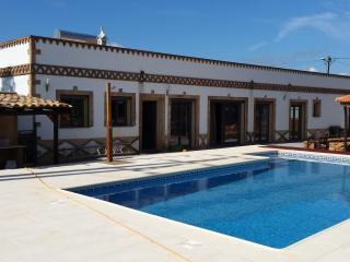 V4 Oliveira Algoz - Algoz vacation rentals