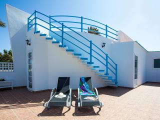 Central Light Villa less than 100m from the beach - Corralejo vacation rentals