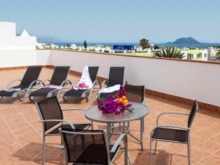 Fantastic Attic in the centre of Corralejo with sea views - Corralejo vacation rentals