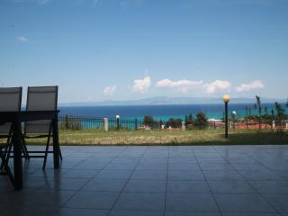 3 bedroom House with Internet Access in Pefkohori - Pefkohori vacation rentals