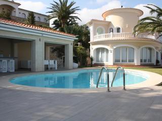 VILLA LAS ROTAS - Denia vacation rentals