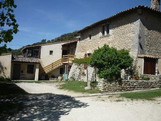 Beautiful Stone House in Shape - Buoux vacation rentals