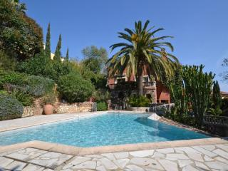 Villa L'Ours: A Stunning Côte d'Azûre Getaway - Le Trayas vacation rentals