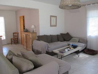 Grande villa indépendante, en style provencal - Saint Cyr sur mer vacation rentals