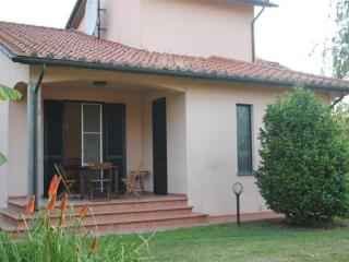 Beautiful House, 6.5km from the San Giuliano Terme - San Giuliano Terme vacation rentals