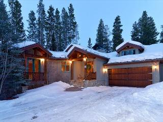 Walk to the Four O'Clock Ski Run from this Colorado Style Lodge - Breckenridge vacation rentals