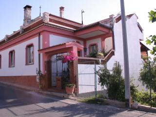 Charming Villa San Giovanni vacation Bed and Breakfast with A/C - Villa San Giovanni vacation rentals
