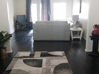 2 bedroom black & white house - Oklahoma vacation rentals