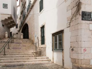 Cozy 2 bedroom Apartment in Lisbon - Lisbon vacation rentals