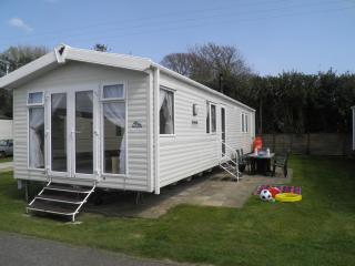 3 bedroom Holiday Home / Caravan  in Pagham - Pagham vacation rentals
