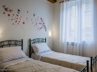 PalermiT'amo - Twin Room - Palermo vacation rentals