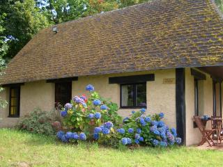 'Cedia' - gite / cottage near to Mortain. - Manche vacation rentals