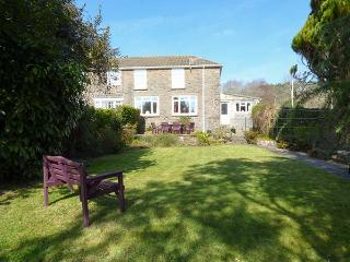 TY PWLL, enclosed rear garden, pet-friendly, WiFi, off road parking, Ref 922404 - Pembrey vacation rentals