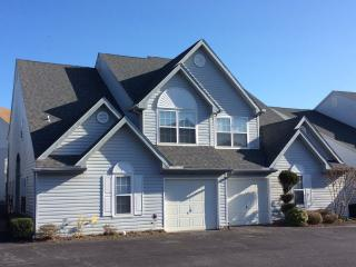 Clean and spacious 4 bedroom Villa - Rehoboth Beach vacation rentals