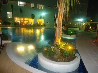 1 BR @ Ridgewood Tower-3-7th near SM Aura Mall - Taguig City vacation rentals