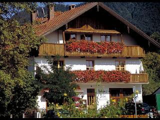 Countryhouse Faller (4-5 pers., 4 rooms, 85 sqm) - Lenggries vacation rentals