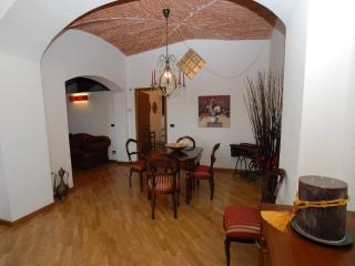 Cozy 2 bedroom House in Montecatini Alto - Montecatini Alto vacation rentals