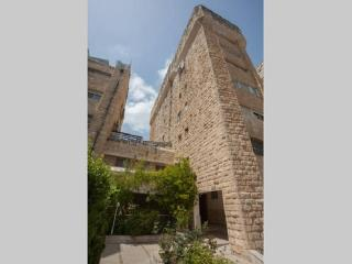 Nice Penthouse with Internet Access and A/C - Jerusalem vacation rentals