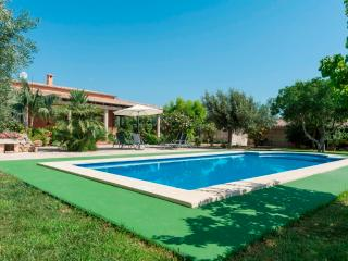 3 bedroom Villa with Internet Access in Santa Margalida - Santa Margalida vacation rentals