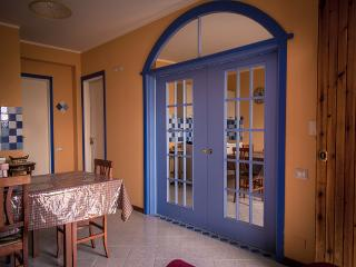 Residence Azzurro Calaghena (trilocale) - Montepaone vacation rentals