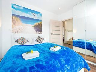 RESIDENCE WIND ROSE GDANSK - ApartHotel S3 - Gdansk vacation rentals